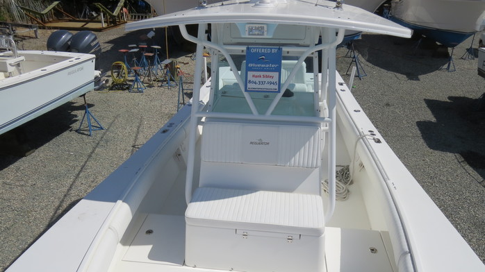 32' Regulator 2008 - Yacht for Sale | Bluewater Yacht Sales