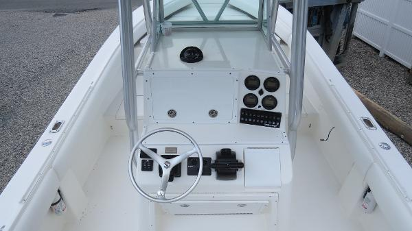 26' Regulator 2005 - Yacht for Sale | Bluewater Yacht Sales