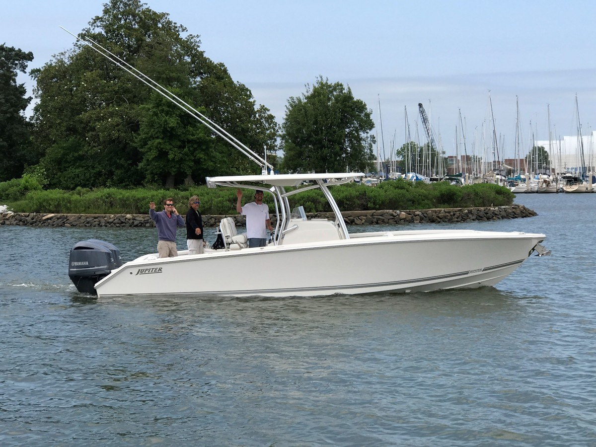 """New Jupiter 30 """"Traveller"""" leaving with it's New OwnerToday!"""