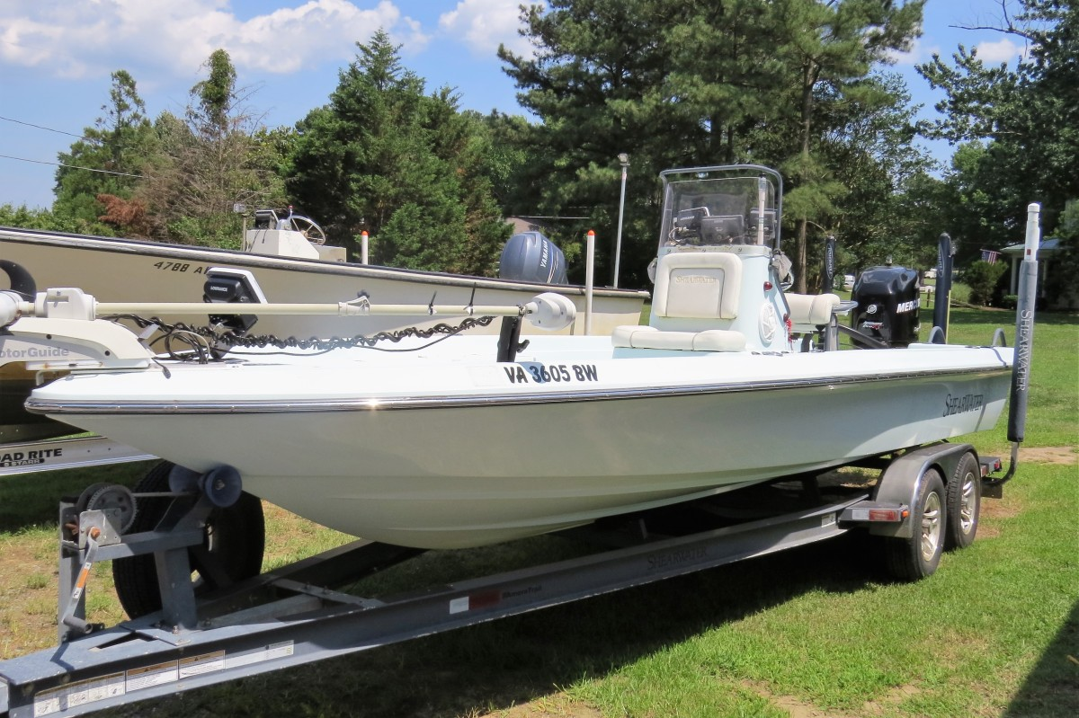 New to the Market: 2007 Shearwater Z2200 Bay Boat with Mercury 250 Optimax